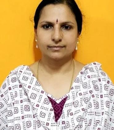 Mrs. Geetha Srihari is one of the founding members of GSS Yogic Research Foundation